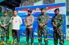 Para Jenderal TNI-Polri Alumni AKABRI 1989 Sebar Bantuan Sembako Keliling Indonesia - JPNN.com