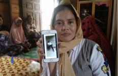 Sadis, Dedi Haryadi Hujani Paman dengan Tusukan, Berhenti Setelah Ibunya Teriak Allahu Akbar - JPNN.com