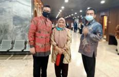 Bertemu Menteri Tjahjo, Nurbaitih Hononer K2: Enggak seperti Sebelumnya - JPNN.com