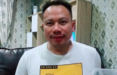 Sebelum Ditahan, Vicky Prasetyo Lebih Sering Melamun - JPNN.com