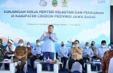Ikuti Arahan Presiden, Menteri Edhy Blusukan ke Kampung Nelayan - JPNN.com