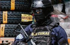 2 Operasi Besar Bea Cukai Jaga Perbatasan Laut di Masa Pandemi - JPNN.com