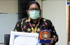 Inilah 13 Pengguna Jasa yang Terima Penghargaan dari Bea Cukai Tanjung Perak - JPNN.com