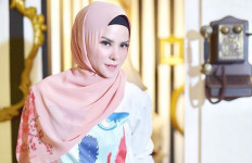 3 Berita Terheboh: Angel Lelga Beber Masa Lalu Pernikahan, Ayu Ting Ting Kaget - JPNN.com