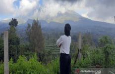 Kabar Terbaru Kondisi Lereng Gunung Merapi, Semoga Baik-baik Saja - JPNN.com
