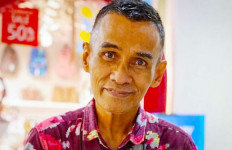 Papa T Bob Sempat Menunaikan Ibadah Haji dalam Kondisi Sakit - JPNN.com