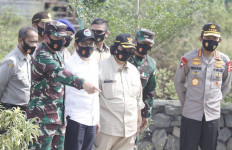 Menteri LHK: Kampung Tangguh Nusantara TNI-Polri Untuk Lawan Dampak Covid dan Perubahan Iklim - JPNN.com