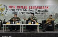 Wakil Ketua MPR Ingatkan Pesan Bung Karno: Kita Bukan Bangsa Kuli - JPNN.com