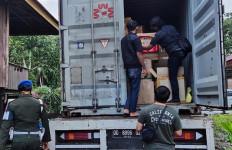 Bea Cukai Sulbagsel dan Bea Cukai Makassar Tindak Peredaran Rokok Ilegal, Nih Buktinya - JPNN.com
