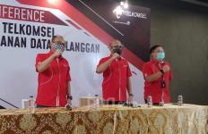 Data Denny Siregar Bocor, Direksi Telkomsel Tetap Janjikan Keamanan - JPNN.com
