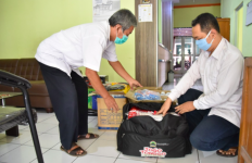 Pemprov Jateng Jamin Kebutuhan Warga untuk Jogo Tonggo, Warga: Terima Kasih Pak Ganjar - JPNN.com