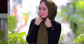 Hana Hanifah Sering Dengarkan Pengajian Online, Rajin Salat, Weekend Saja di Rumah