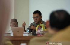 Polisi Bubarkan Resepsi Pernikahan Warga di Bekasi - JPNN.com