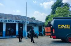 Petani Membawa Bahan Berbahaya ke Rumah, Untung Tidak Meledak - JPNN.com