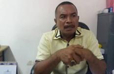 Kondisi Fisik Gedung DPRD Provinsi Maluku Rusak Parah, Anos: Anggota Merasa tak Nyaman Lagi Bekerja - JPNN.com