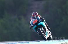 Tegang, Dramatis! Marquez Ditandu, Quartararo Juara MotoGP Spanyol - JPNN.com