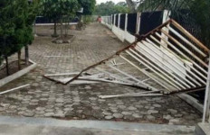 PWI Pusat Desak Polisi Segera Tangkap Pelaku Perusakan Kantor PWI Riau - JPNN.com