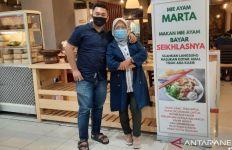 Kisah Pemilik Gerai Mie Ayam Marta Bayar Seikhlasnya, Mengharukan, Inspiratif - JPNN.com
