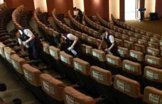 Bioskop Diizinkan Beroperasi Kembali, Jarak Antara Penonton 1 Meter - JPNN.com