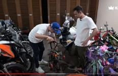Raffi Ahmad Punya Tiga Sepeda Brompton, Sayangnya... - JPNN.com