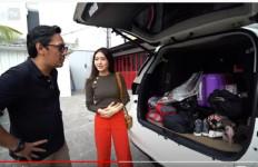 Andre Taulany Kaget Saat Natasha Wilona Buka Bagasi Mobilnya - JPNN.com