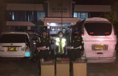 Operasi Gempur 2020, Bea Cukai Kembali Sita Jutaan Batang Rokok Ilegal - JPNN.com