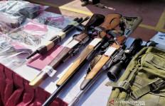 Pengusaha Bengkel Rakit Senjata Api, Ada Ratusan Amunisi, Pengakuannya Bikin Kaget - JPNN.com