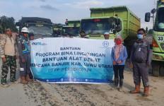 PT PP Salurkan Bantuan Untuk Korban Banjir Bandang di Luwu Utara - JPNN.com