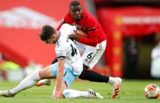 Manchester United Naik ke Peringkat Tiga, West Ham Aman - JPNN.com