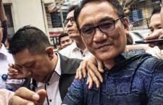Kader PDIP Masuk Demokrat, Bakal Jadi Lawan Menantu Jokowi di Pilkada Medan - JPNN.com
