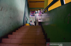 Pertama Terjadi, 16 Nakes di RSUD AA Riau Positif COVID-19 - JPNN.com