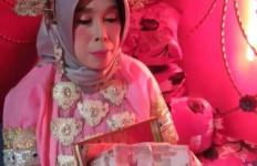 Janda Patok Uang Panaik Rp100 Juta, Banyak yang Mundur, Duda Seni Sanggup - JPNN.com
