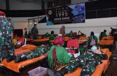 Alumni Akabri 95 Gelar Donor Darah dan Bagikan Sembako - JPNN.com