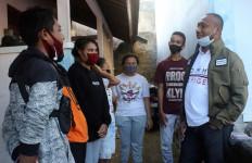 Yan Mandenas: Murni Aksi Kemanusiaan, Pelajar dan Mahasiswa Jangan Terprovokasi - JPNN.com