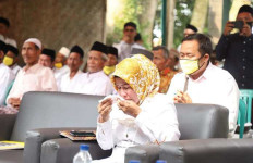 Ratu Tatu Menangis di Depan Ulama - JPNN.com