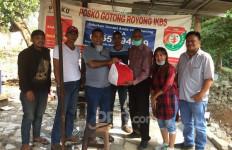IKBS Salurkan Paket Sembako Dari Kemensos kepada Warga Terdampak Pandemi Covid-19 - JPNN.com