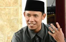 Ketua PKS Sumut Lempar Pantun Buat Djarot PDIP, Setelah Itu Dia Tertawa - JPNN.com