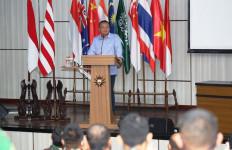 Menteri KKP Ajak TNI AL Berperan Membangun Ekonomi - JPNN.com