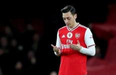 Kasihan Mesut Ozil, Pemain Mahal Yang Nasibnya Kini Terombang-ambing - JPNN.com