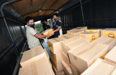 Polri Berikan 1.748 Paket Bansos Untuk Purnawirawan dan Warakawuri - JPNN.com