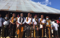 Saksikan Upacara Sakral Suku Deu Boawae, Gus Jazil MPR: Budaya di Flores Perlu Dipromosikan - JPNN.com