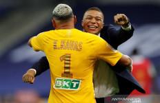 Angkat Trofi Piala Liga Prancis, PSG Raih Tiga Gelar Domestik - JPNN.com