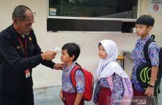 Pertahanan Jebol, Malaysia Kian Mendekati Seribu Kasus COVID-19 per Hari - JPNN.com