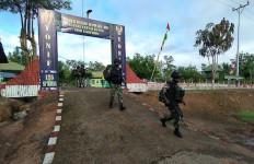 Prajurit Satgas Yonif 125 Gelar Patroli Patok Batas Negara Termasuk Patok Monumen Meridian - JPNN.com