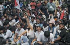 Khusus Warga Bandung: Tak Pakai Masker, Wajib Bayar Denda - JPNN.com