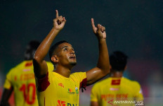 Wooow, Pesepak bola Asal Brasil Ini Ingin Pensiun di Indonesia - JPNN.com