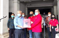 Tetap Tertib di Masa Pandemi, PDIP Serahkan Data Pengurusnya di Daerah ke KPU - JPNN.com