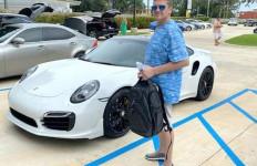 Pria Ini Ditangkap Usai Membeli Porsche 911 Senilai Rp 2 Miliar, Kok Bisa? - JPNN.com