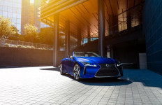 Lexus LC 500 Convertible Mendapat Peningkatan Melalui Edisi Regatta - JPNN.com