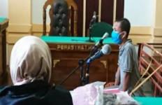 Merobek Al-Quran, Doni Irawan Divonis 3 Tahun Penjara, Begini Kejadiannya - JPNN.com